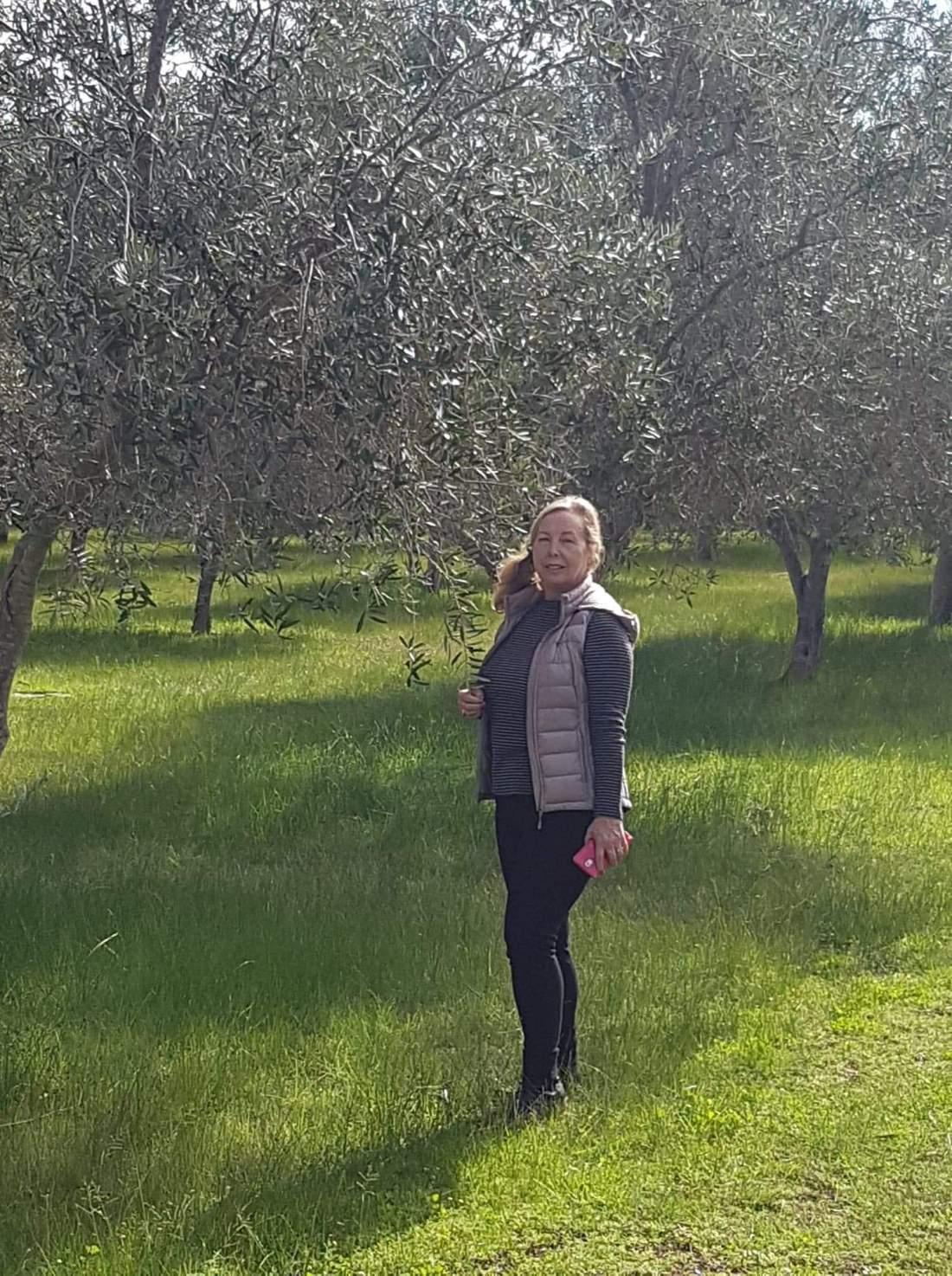 photo carol olive grove